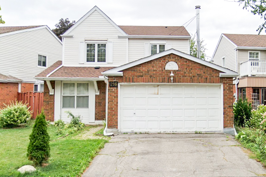 216 Huntsmill Blvd, Toronto, Ontario  M1W 3E1 - Photo 1 - RP1940588523