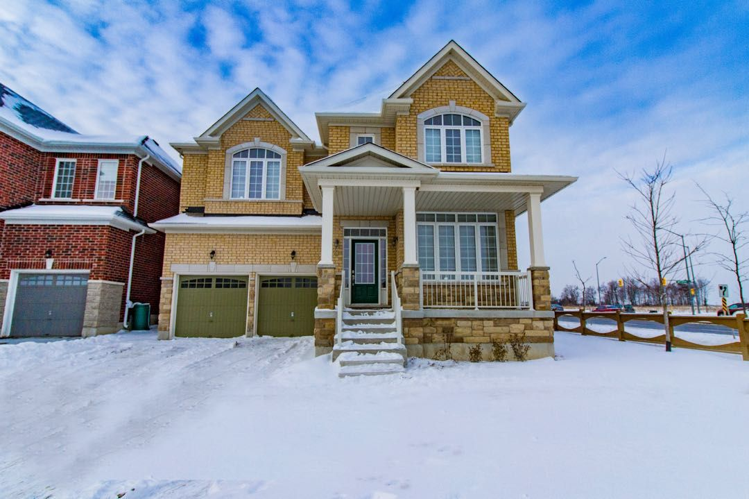 30 Living Cres, Markham, Ontario  L6C 0T7 - Photo 1 - N4044728