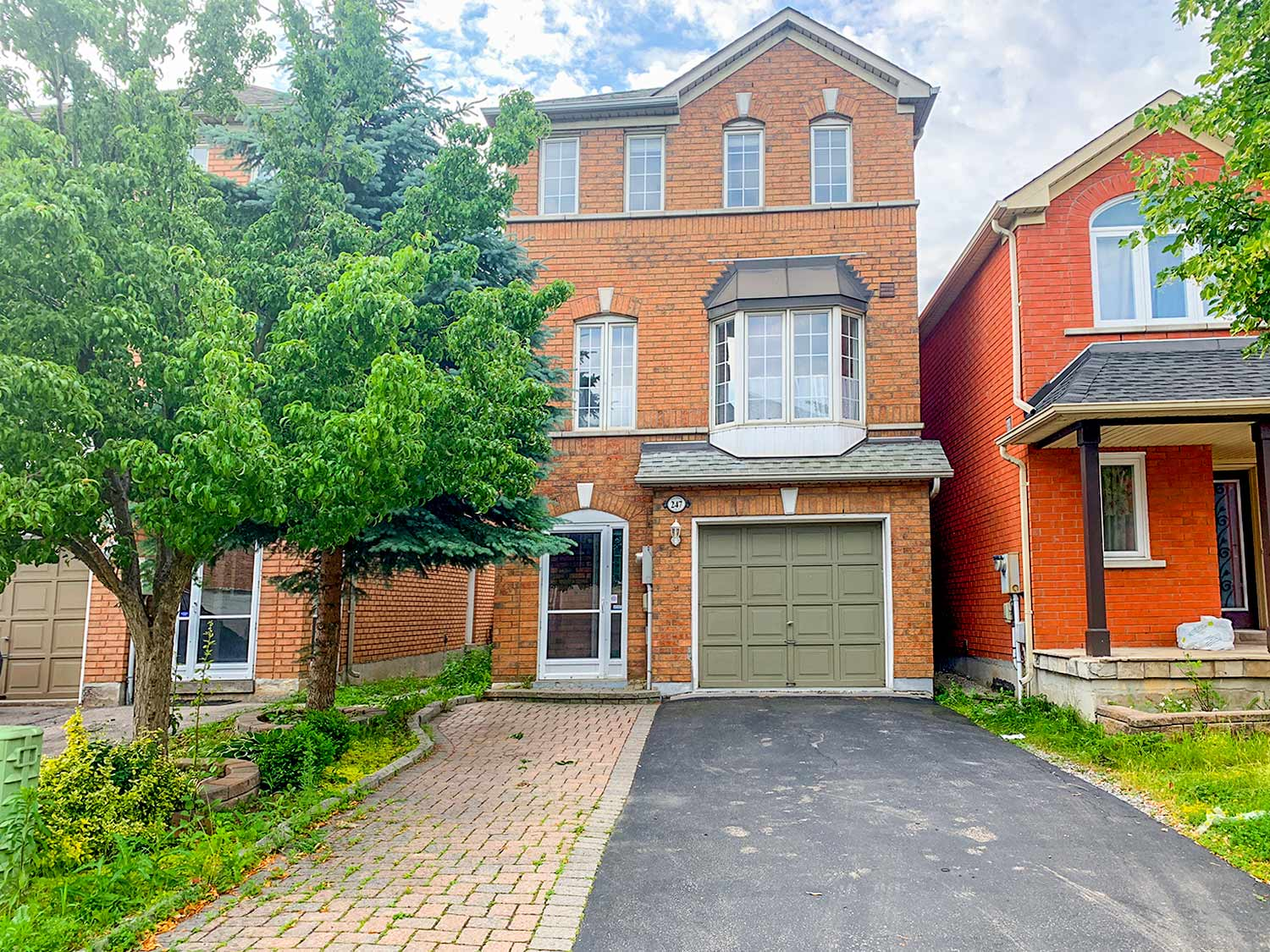 247 Yellowood Circ, Vaughan, Ontario    - Photo 1 - N4522152