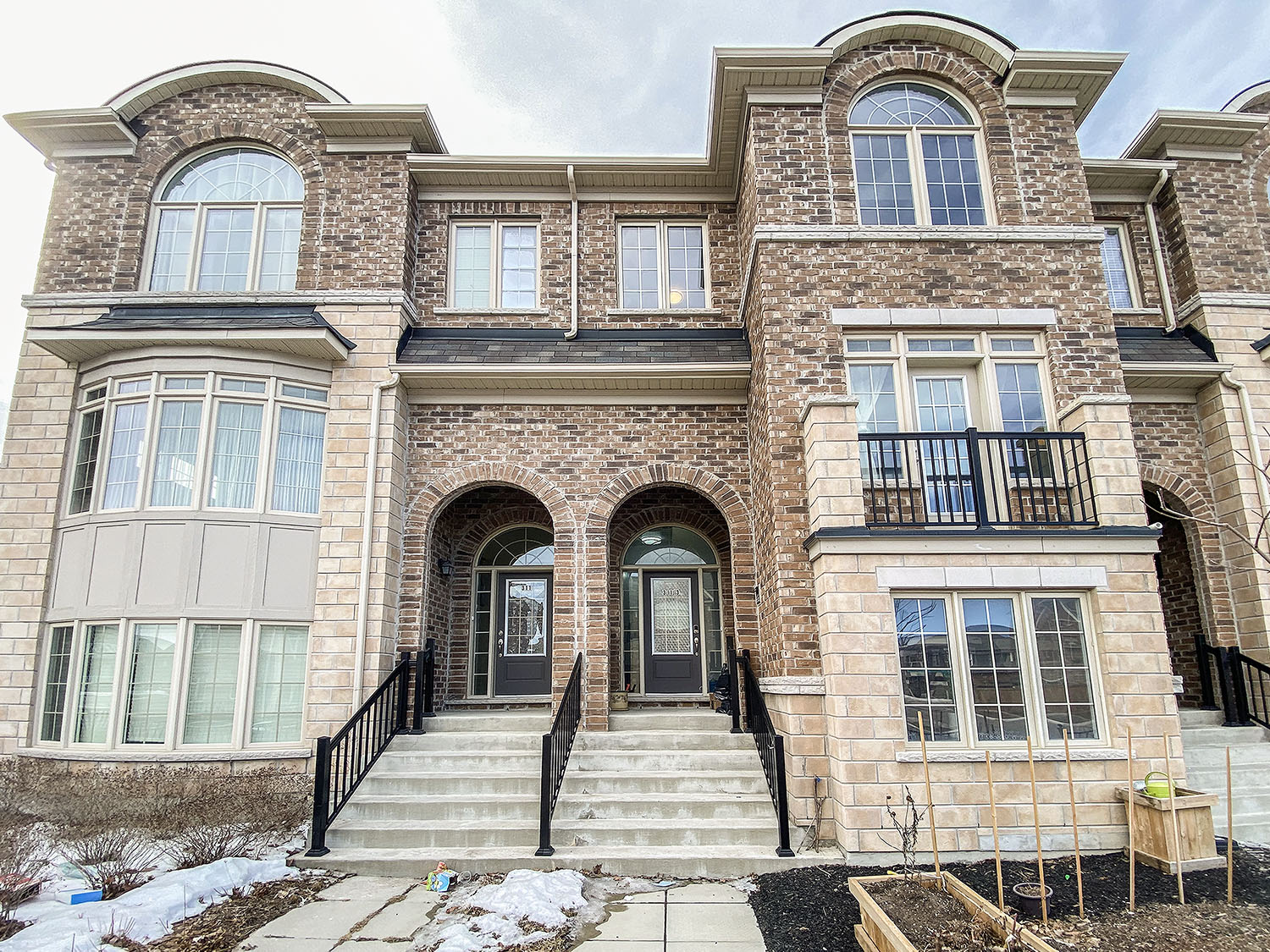 313 Dundas Way, Markham, Ontario    - Photo 1 - RP693049233