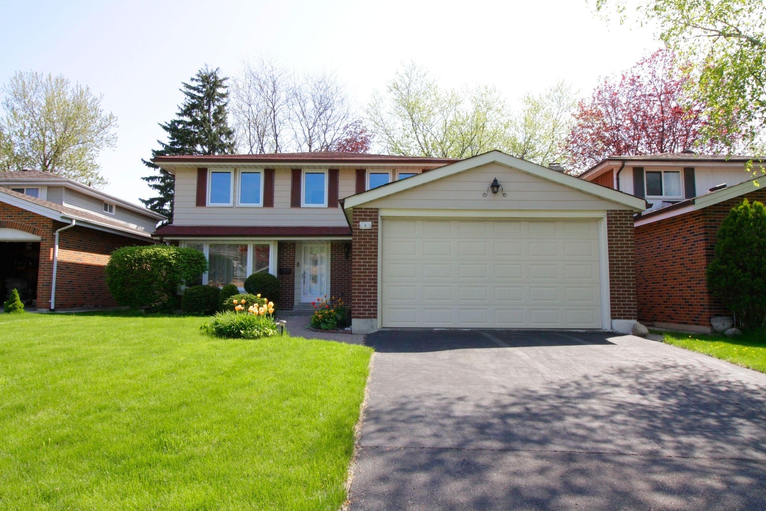 5 Deerbrook Tr, Toronto, Ontario  M1W 1V3 - Photo 1 - E4132721