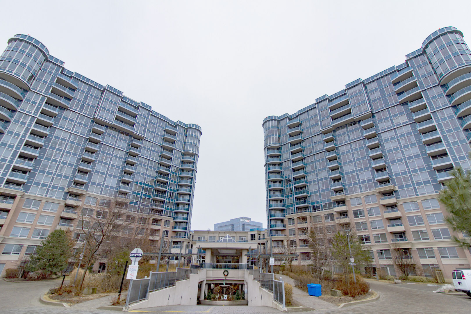 33 Cox Blvd #515, Markham, Ontario    - Photo 1 - RP3932321660