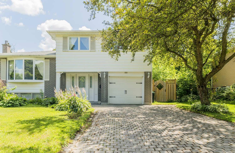 109 Orchard Heights Blvd, Aurora, Ontario    - Photo 1 - N4612427