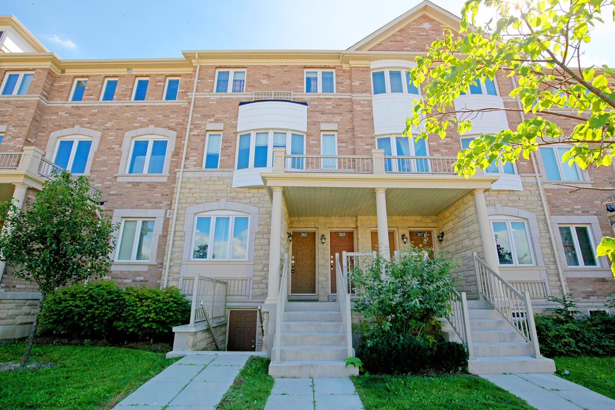 261 Aldergrove Dr, Markham, Ontario  L3R 2L8 - Photo 1 - N4324403
