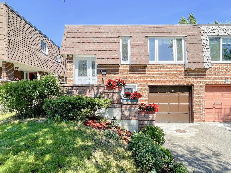 17 Lebos Rd, Toronto, Ontario    - Photo 1 - RP4627489625