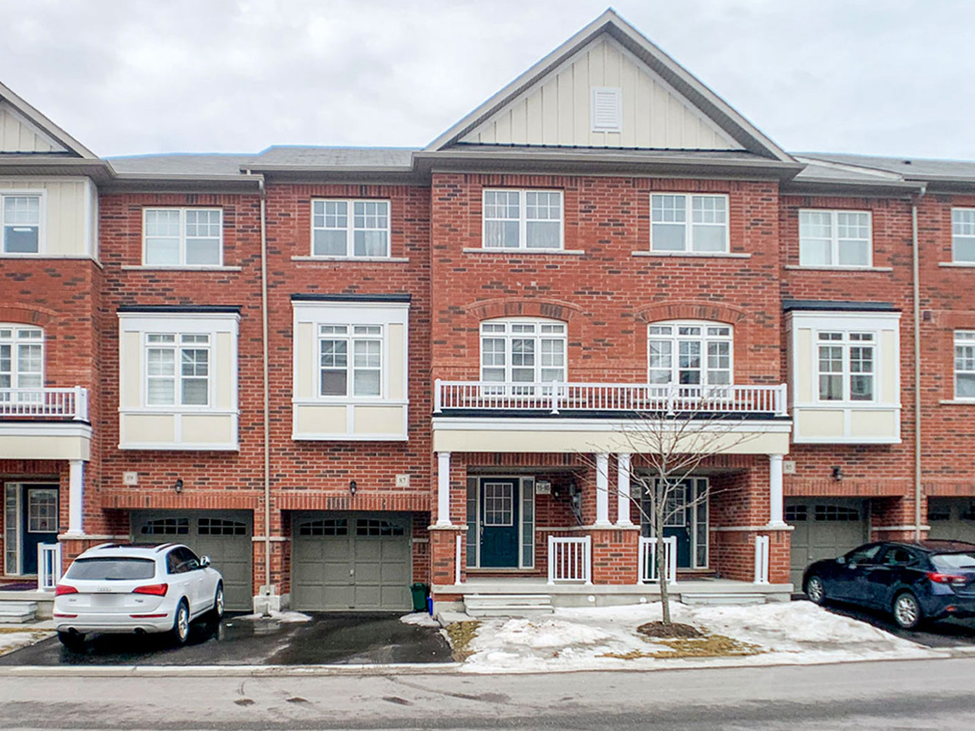 87 Roy Grove Way, Markham, Ontario    - Photo 1 - N4471658