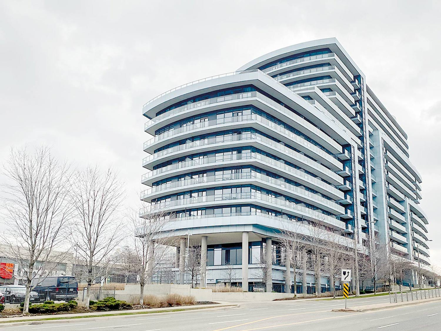 2885 Bayview Ave 625, Toronto, Ontario  M2K 0A3 - Photo 1 - RP1099699769
