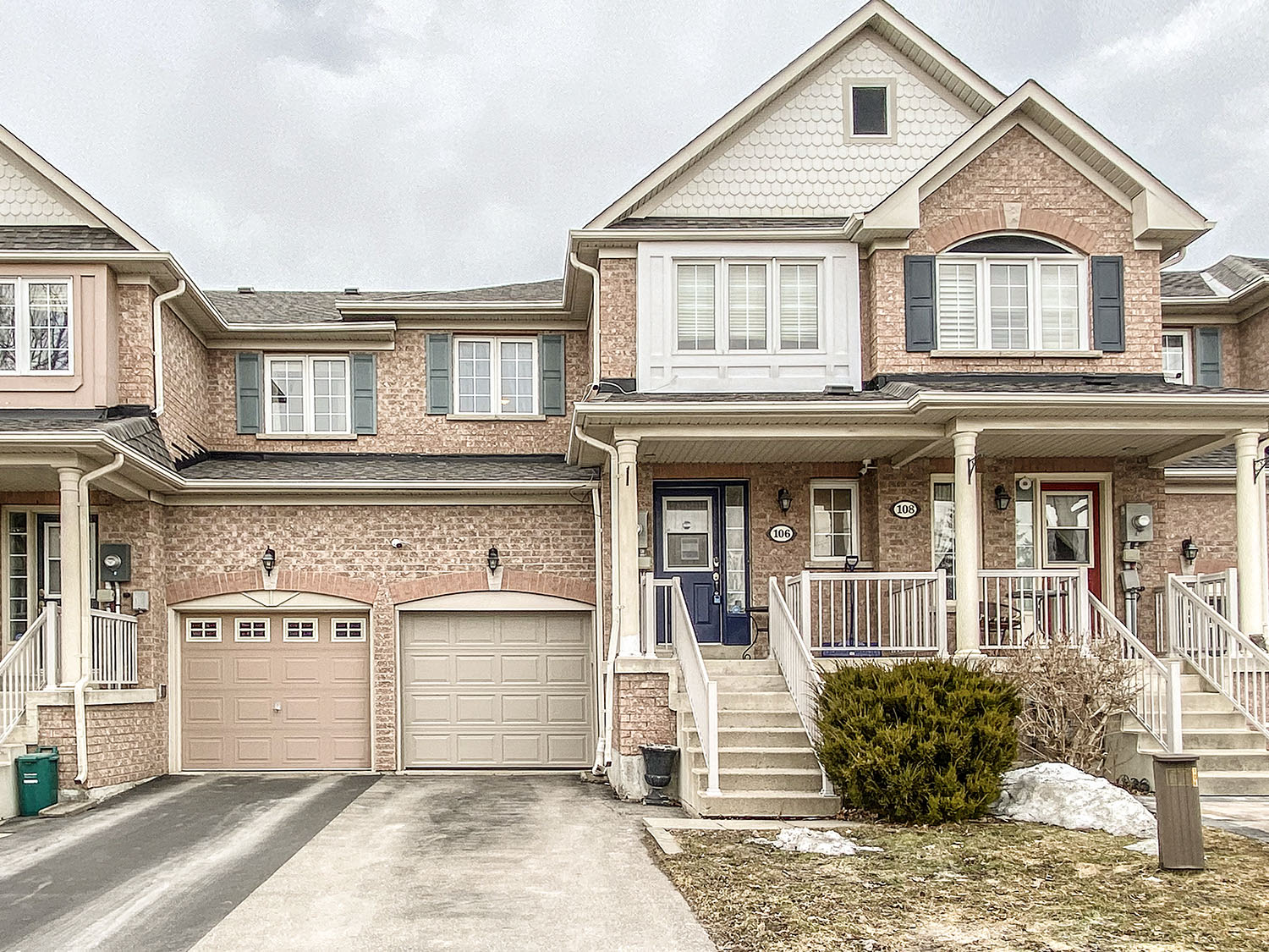 106 Burgess Cres, Newmarket, Ontario    - Photo 1 - RP5523979384